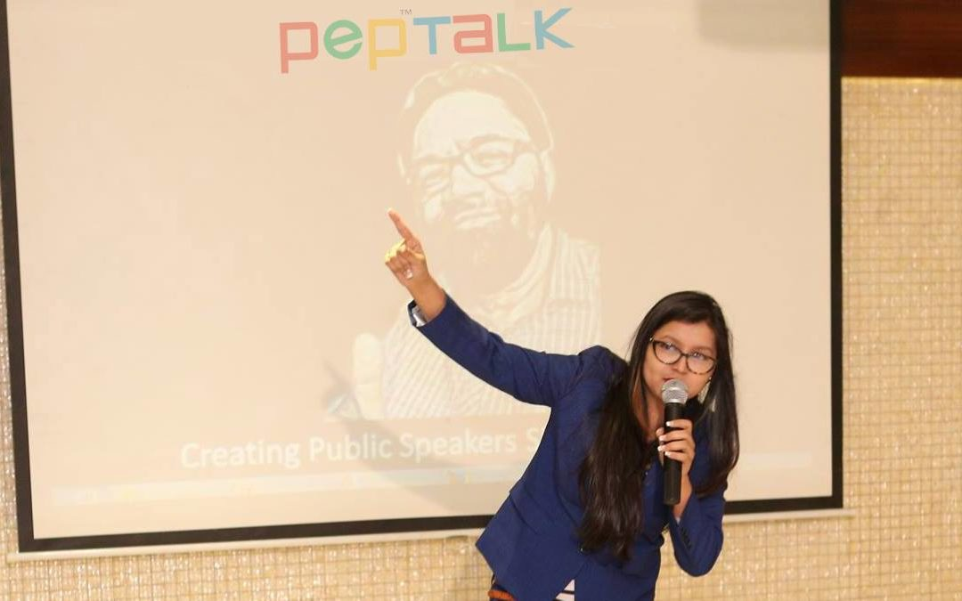 5 Signs you are afraid of Public Speaking
