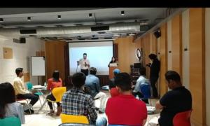 Hindi Public Speaking